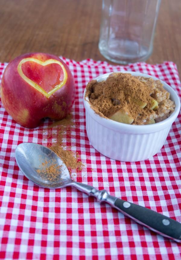 Outtake: zu viel Zimt auf dem Apfelkuchen-Porridge