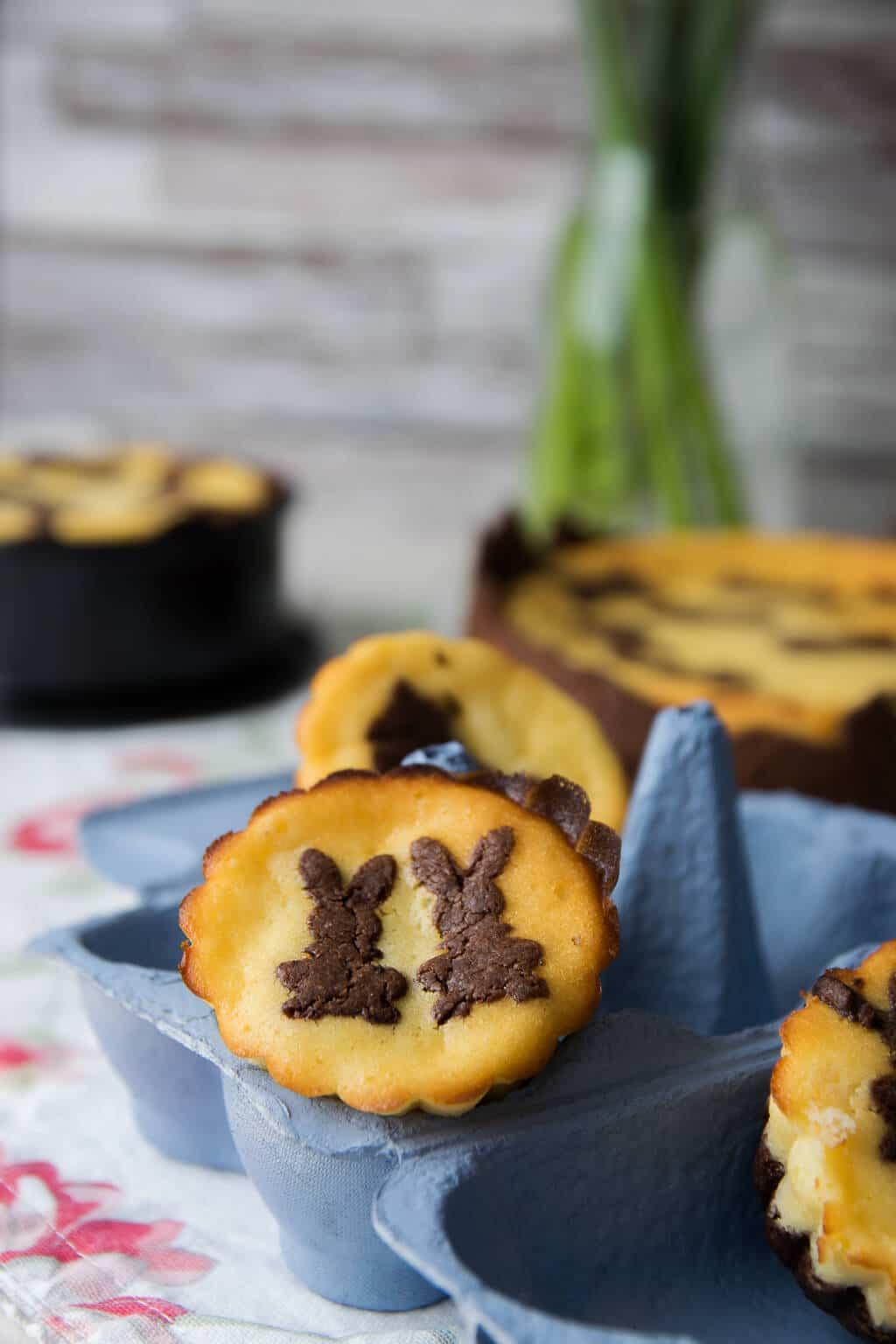 Minimuffins aus russischem Zupfkuchen mit Häschen