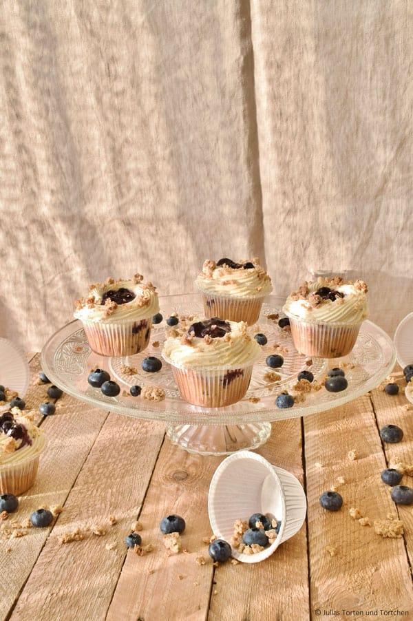 Hafercrunchy Heidelbeer Cupcakes, süß, fruchtig, knackig