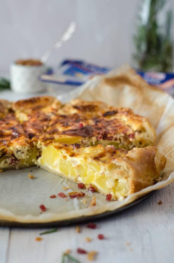 Leckere Kartoffelquiche mit Schinkenwürfeln. Schmeckt warm und auch kalt. Natürlich kalorienarm! www.einepriselecker.de