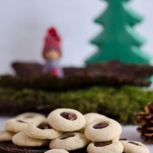 Schokoladen Weihnachtskekse.Schokobällchen