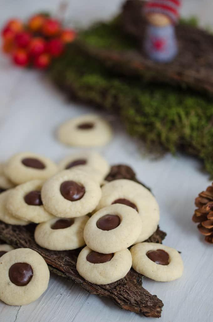Weihnachtskekse Einfach Und Lecker.Schokobällchen Wunderbar Einfache Weihnachtskekse Eine Prise Lecker