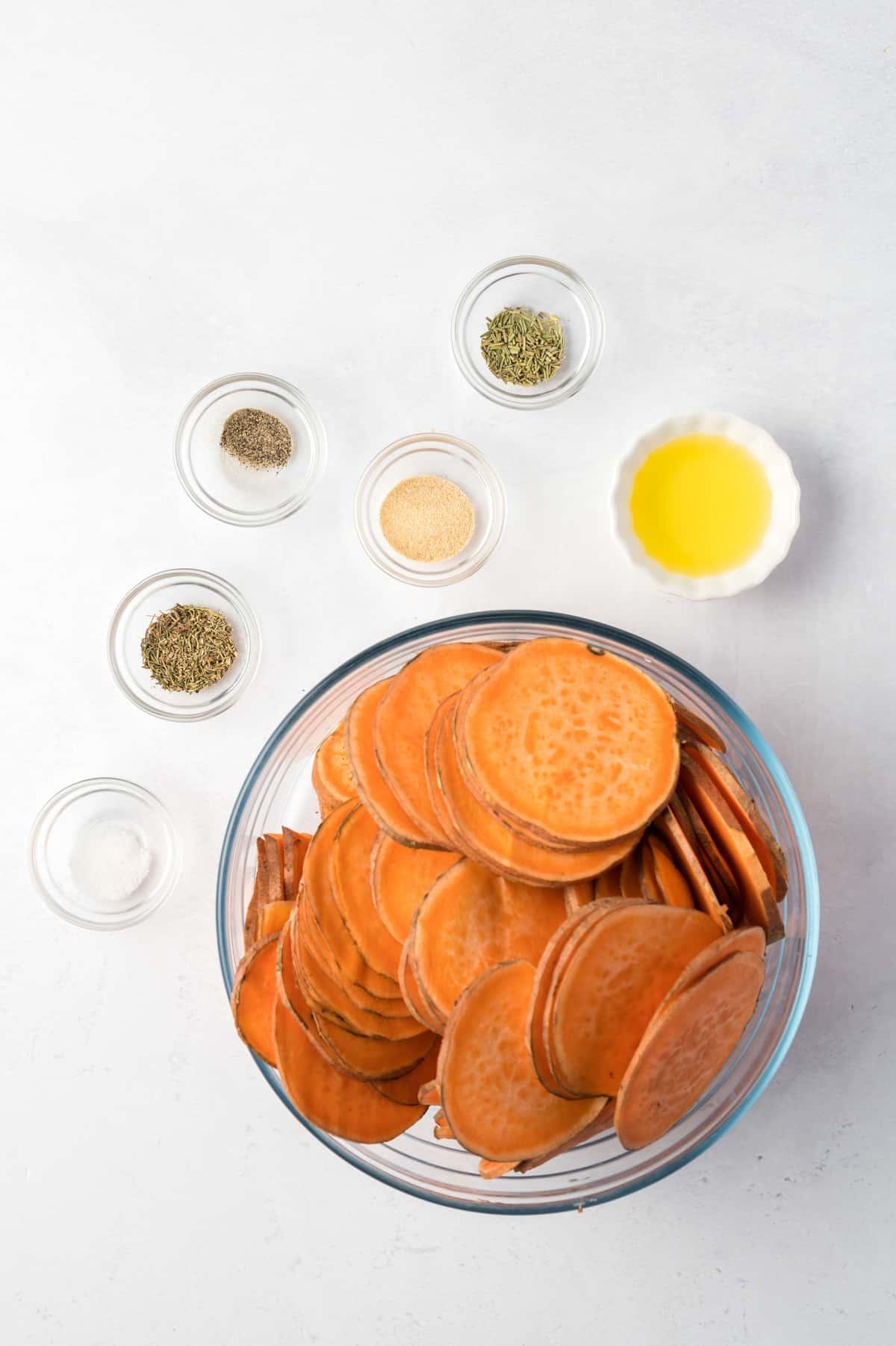 Zutaten für die gebackenen Süßkartoffeln